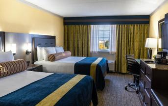 A room with 2 Queen beds at the Hershey Lodge